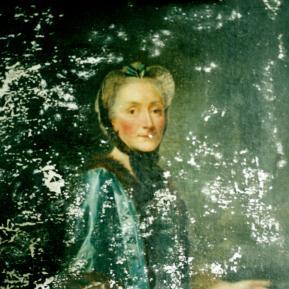 """Restauration de peinture de chevalet huile sur toile """"Louife Elifabeth de La Rochefoucauld"""" XVIIIème Château de La Rochefoucauld - Avant restauration"""